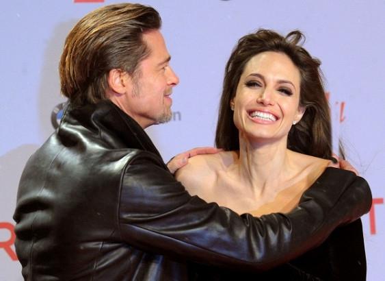 СМИ: Анджелина Джоли и Брэд Питт возобновили отношения! - фото №1