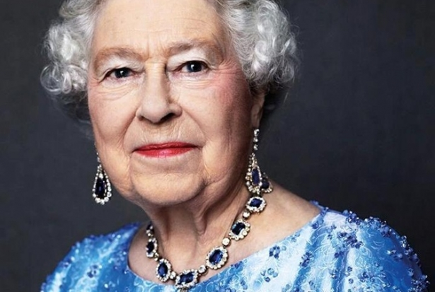 королева елизавета покушение