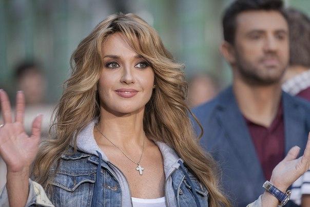 Х-фактор 6: Возращение Оксаны Марченко на ТВ и дебют солиста «Бумбокс» - фото №2