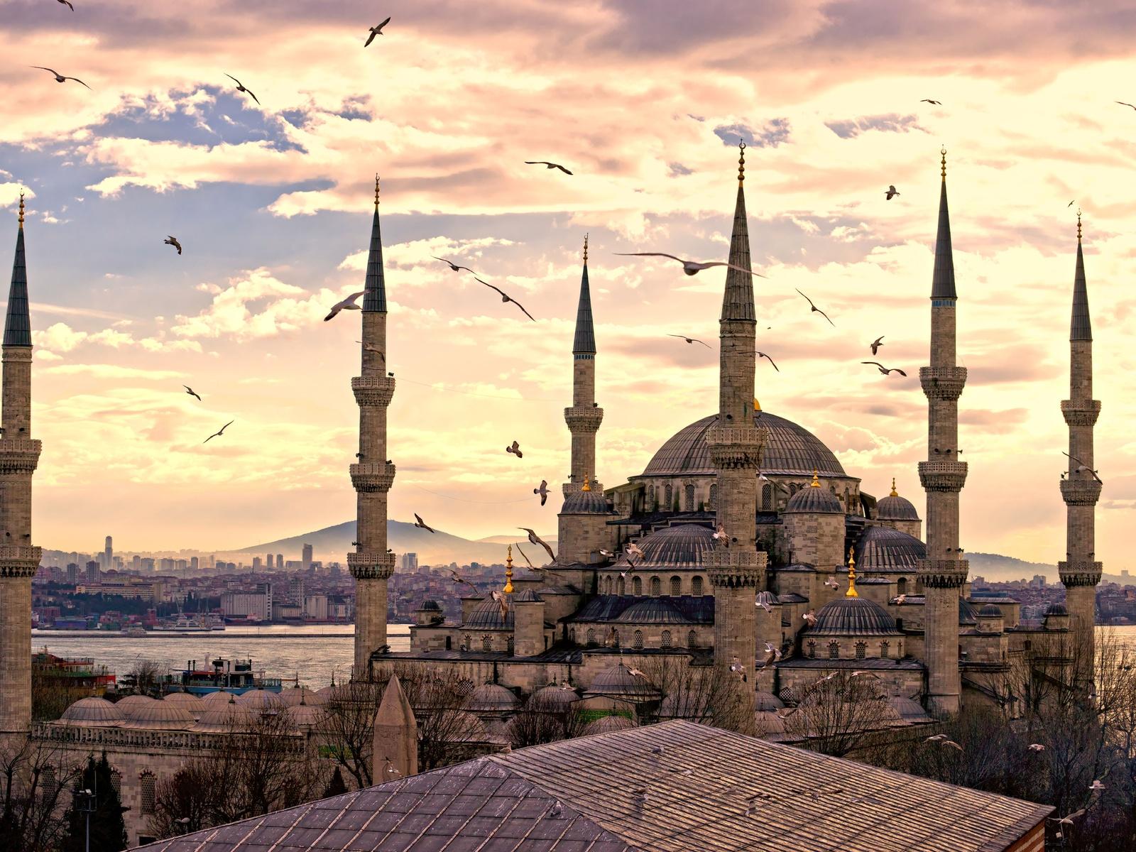 Безвизовый режим: 10 стран для посещения в этом году - фото №2