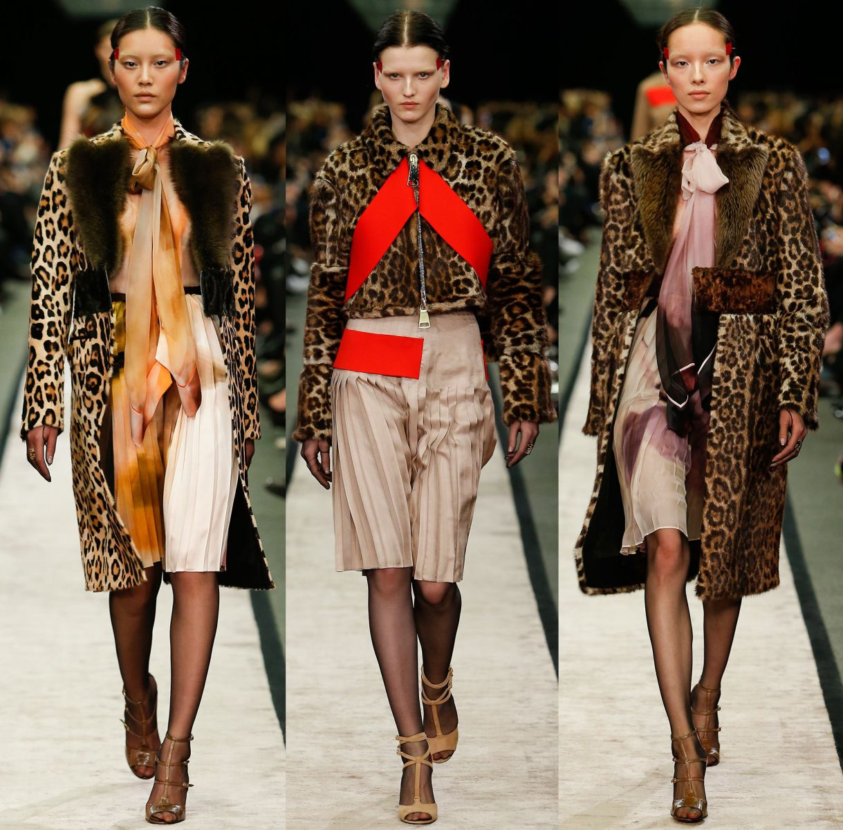 Как носить леопардовый принт этой осенью - фото №4