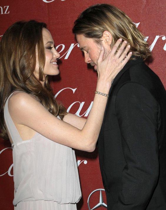 СМИ: Анджелина Джоли и Брэд Питт помирились ради детей - фото №1