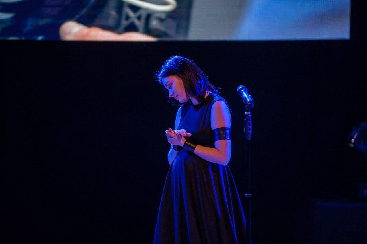 Анастасия Приходько стала мамой во второй раз: певица поделилась своим фото после родов - фото №2