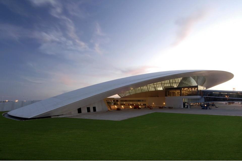 Топ 10 самых красивых аэропортов мира - фото №7