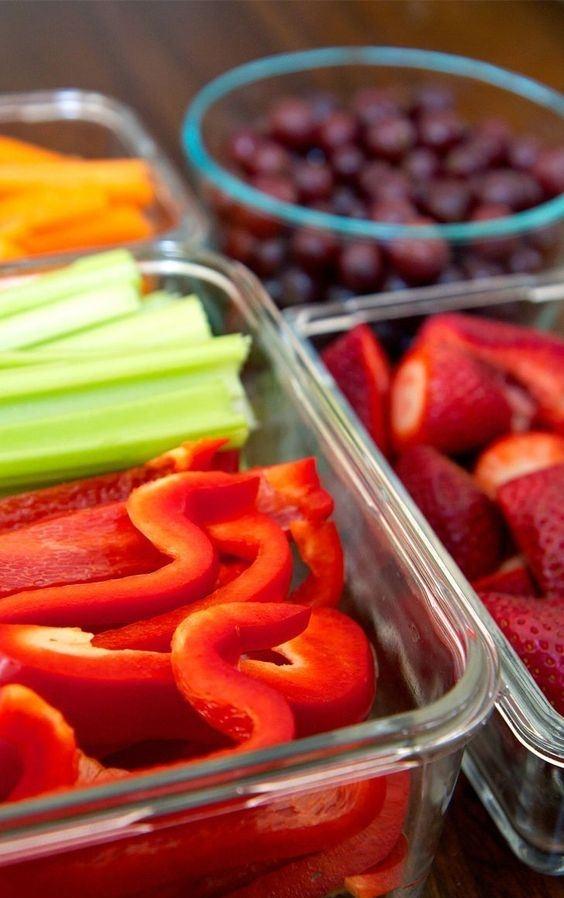 Нарежьте перец, огурцы, кабачок и поставьте в холодильник. Завтра-послезавтра из них можно будет сделать салат или омлет