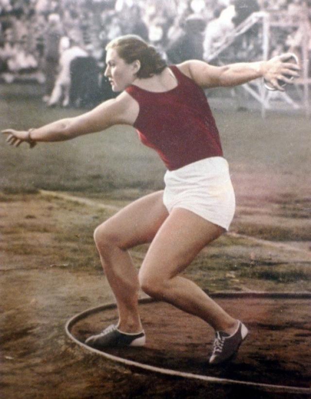 Олимпиада в Рио-де-Жанейро-2016  Нина Пономарева на Олимпиаде в Хельсинки 1952