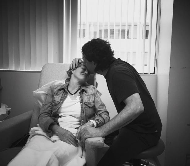 Шэннен Доэрти впервые вышла в свет после двухлетней борьбы с раком (ФОТО) - фото №2