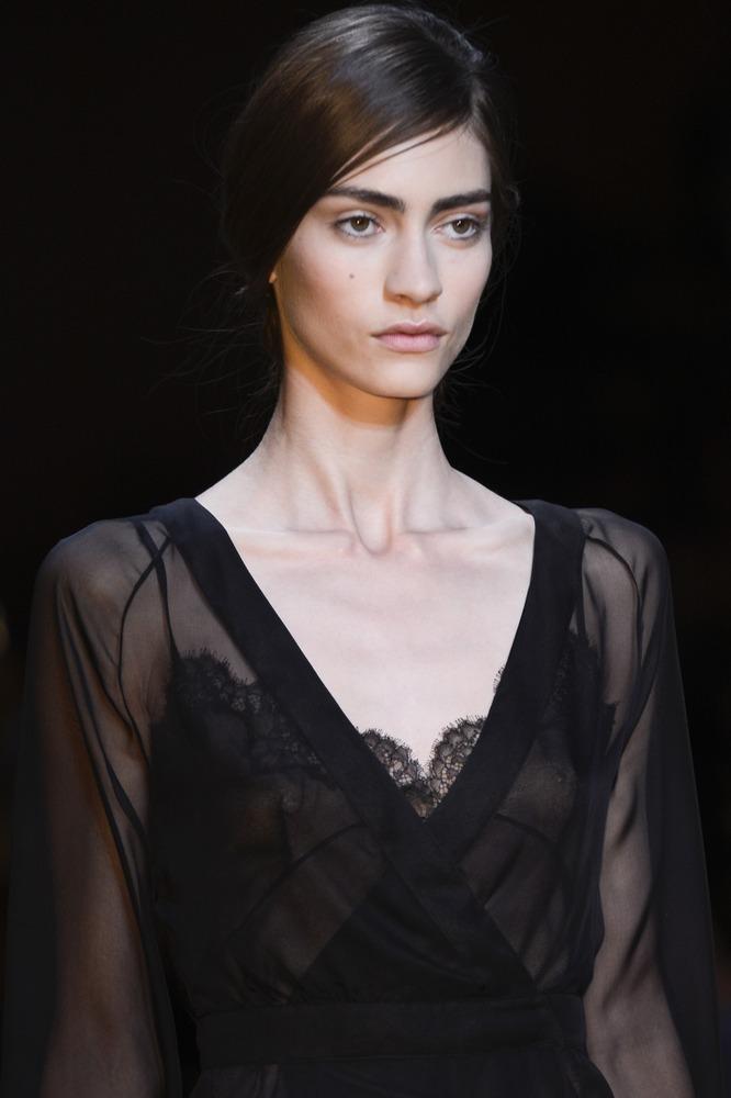 Неделя моды в Париже: показ Valentino - фото №1