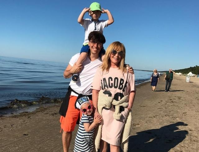 3-летние дети Максима Галкина начали сочинять песни: шоумен показал творчество наследников (ВИДЕО) - фото №1