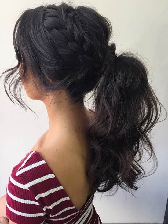 прически на выпускной для длинных волос
