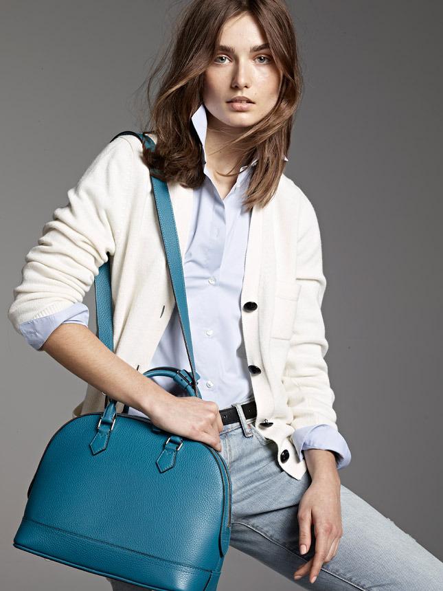 Louis Vuitton посвятил новую линию сумок горе Парнас - фото №3