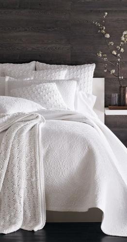 постельное белье в спальне