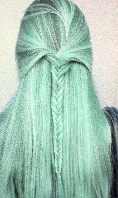 Как стать русалкой или красим волосы в главный цвет 2017 года - фото №2