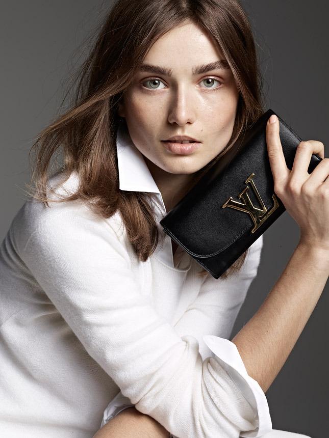 Louis Vuitton посвятил новую линию сумок горе Парнас - фото №4