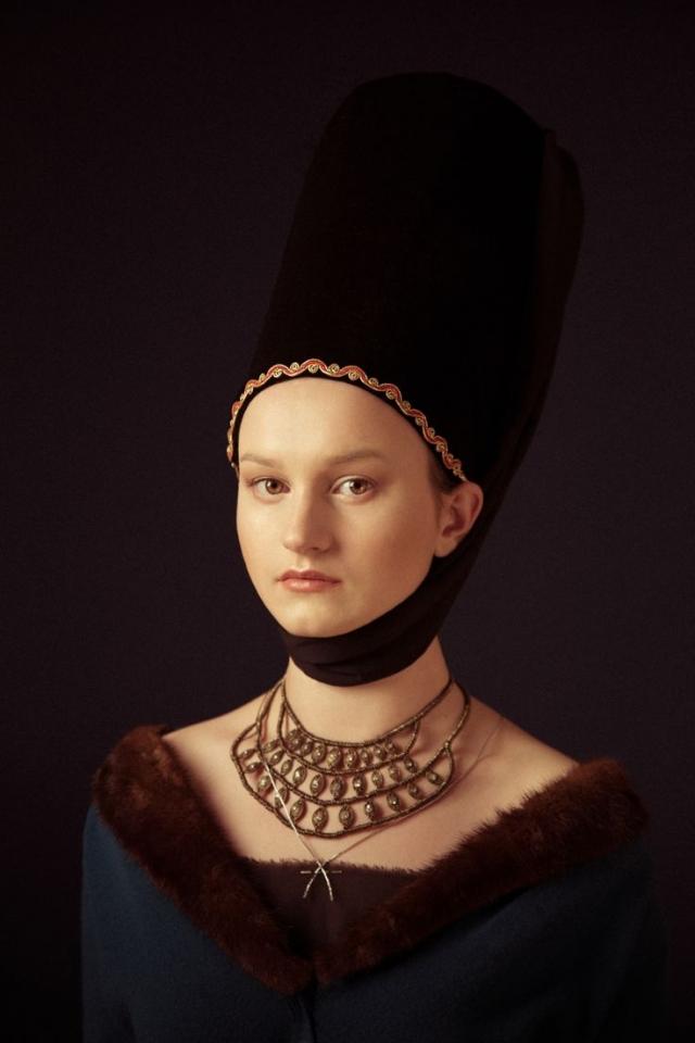 От угля до бьюти-блендера: как развивалась косметическая индустрия с древнейших времен - фото №10
