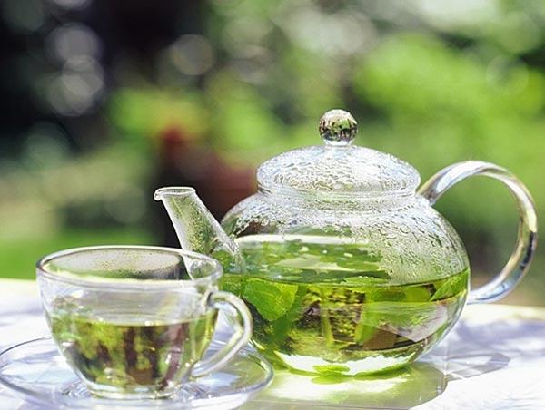 зеленый чай в жару