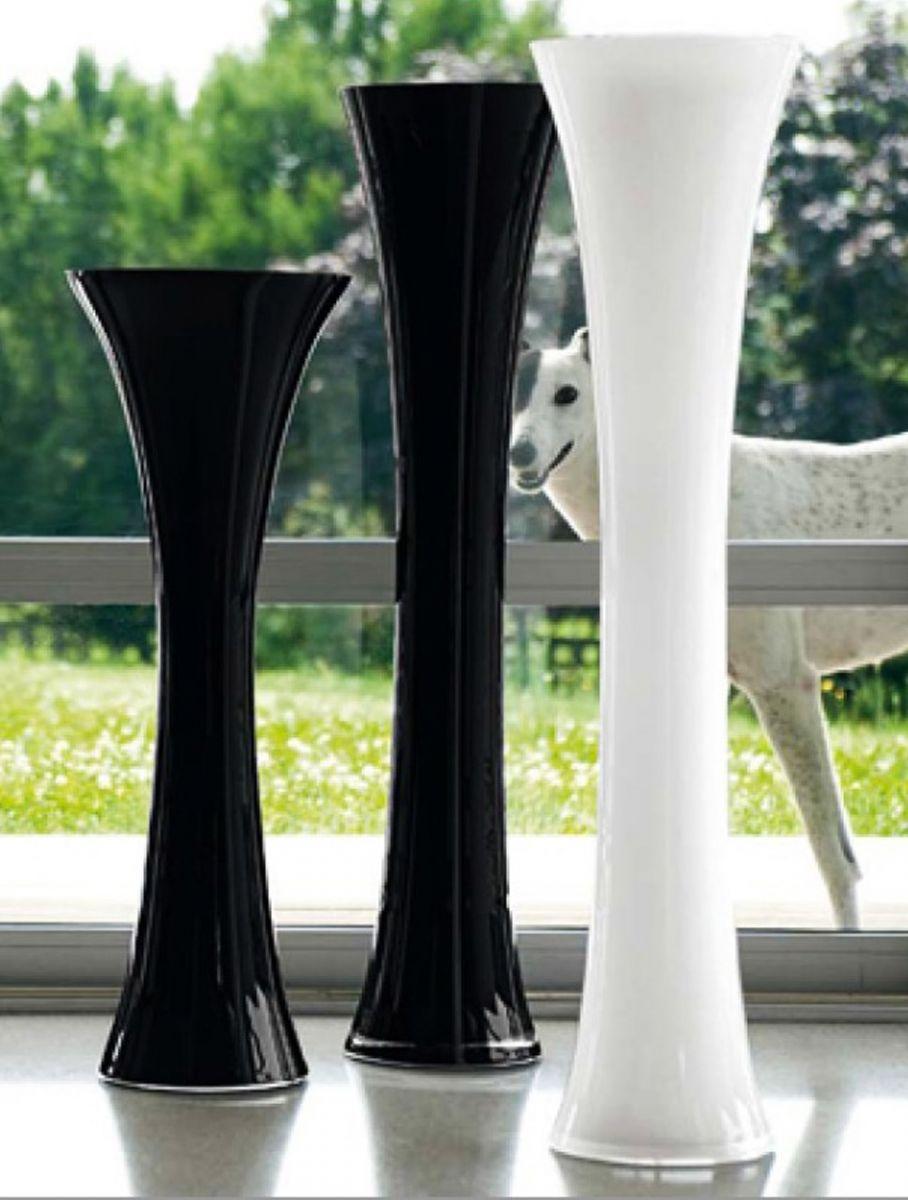 Тренд в интерьере: крупные вазы - фото №13