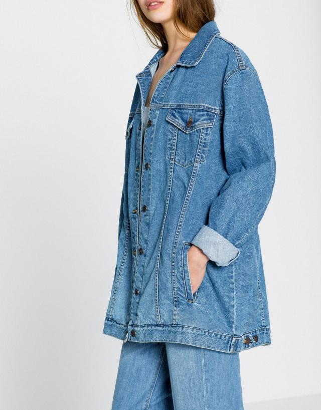 Джинсовая одежда 2017: самые модные вещи из денима