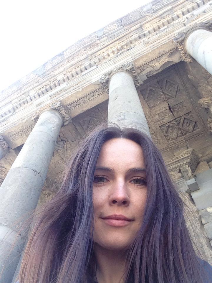 Анастасия Даугуле: В школе я исправляла ошибки в любовных записках - фото №6