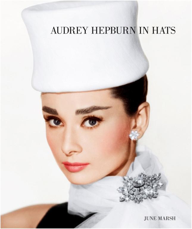 Издается фотоальбом Одри Хепберн и ее шляпок - фото №2