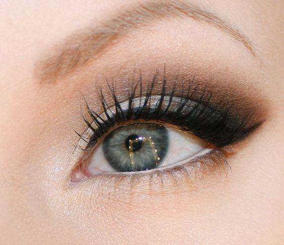 Тонкости макияжа: какие оттенки подойдут для серых глаз (+ВИДЕО) - фото №1