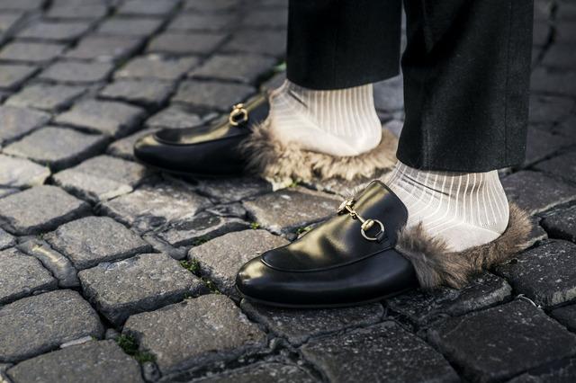 Street style: мех на улицах Недели мужской моды в Милане
