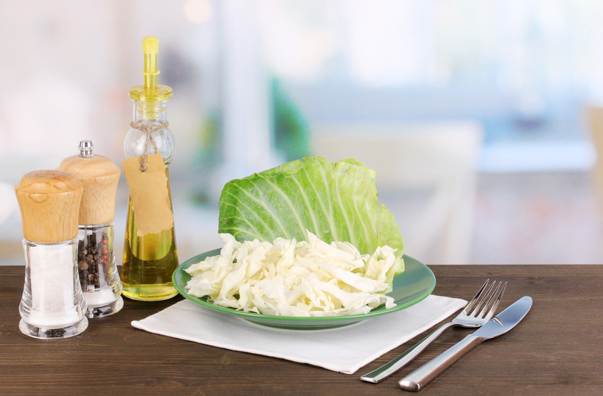 Салаты из капусты: летние рецепты - фото №1