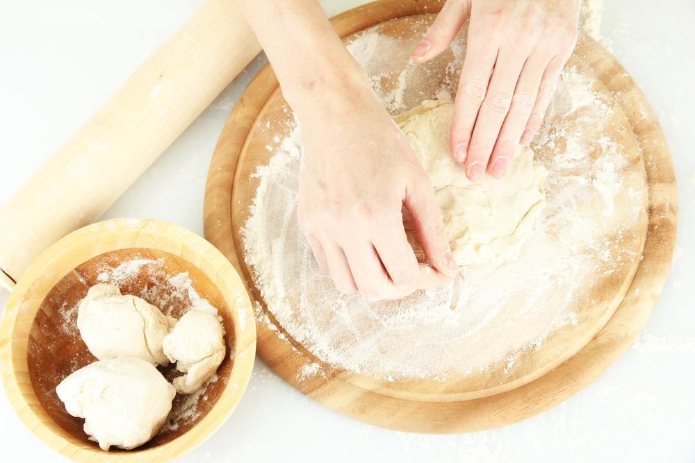 Тесто для пиццы: готовим вкусную основу для итальянского блюда - фото №2