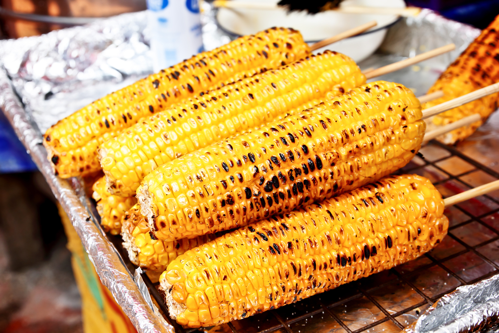 Рецепты кукурузы на гриле, после которых вы больше не захотите ее варить - фото №1