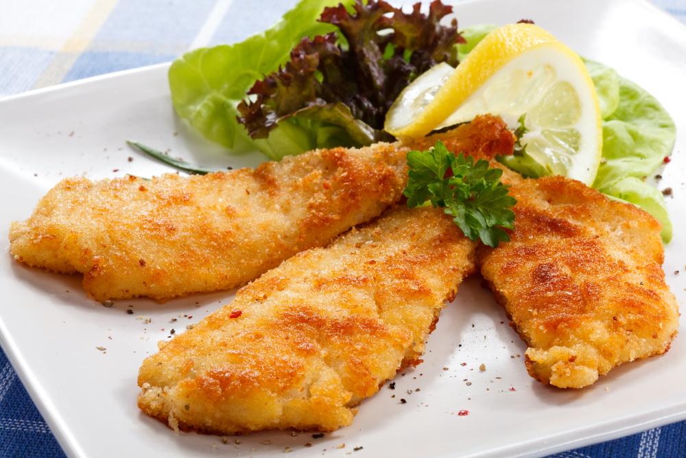 Жареная рыба с зеленью: праздничный рецепт с соевым соусом - фото №3