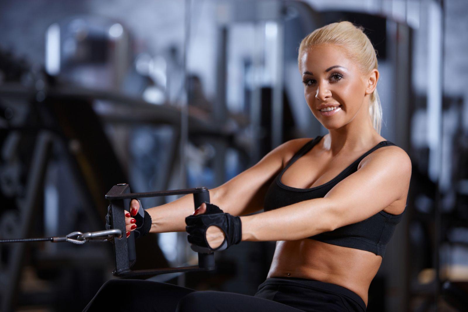Как женщине не перекачать мышцы - фото №1