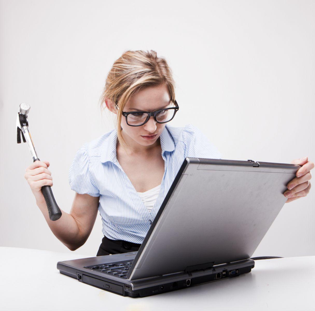 Кто такой секретарь: 6 мифов о девушке в приемной - фото №5