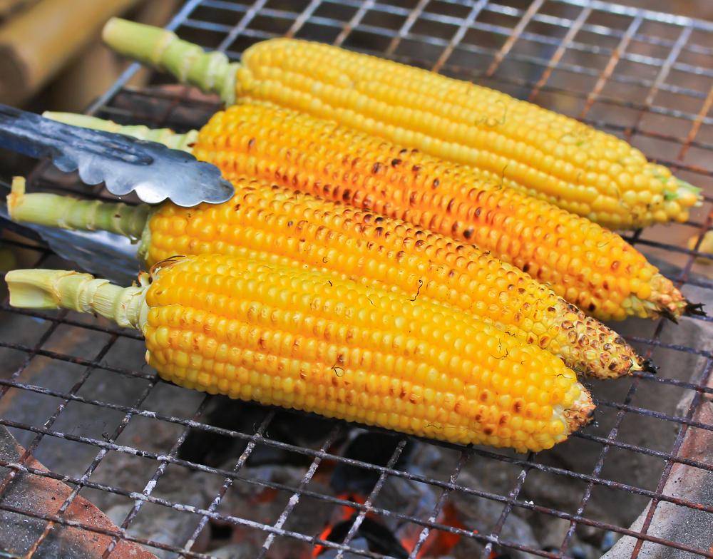 Рецепты кукурузы на гриле, после которых вы больше не захотите ее варить - фото №2