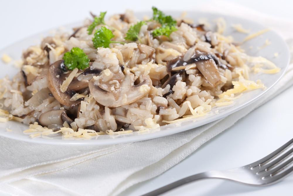 Рецепт ризотто с грибами: как приготовить по-настоящему вкусное блюдо - фото №4