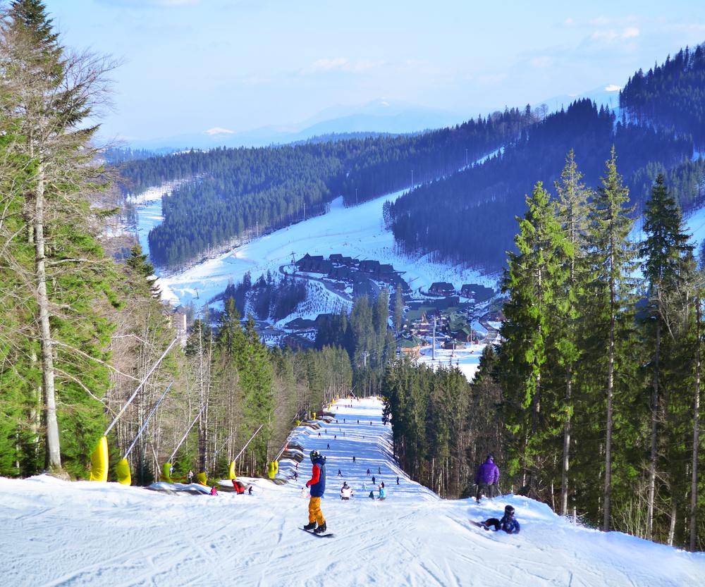 Популярный горнолыжный курорт Буковель: раздолье для любителей зимнего отдыха - фото №2
