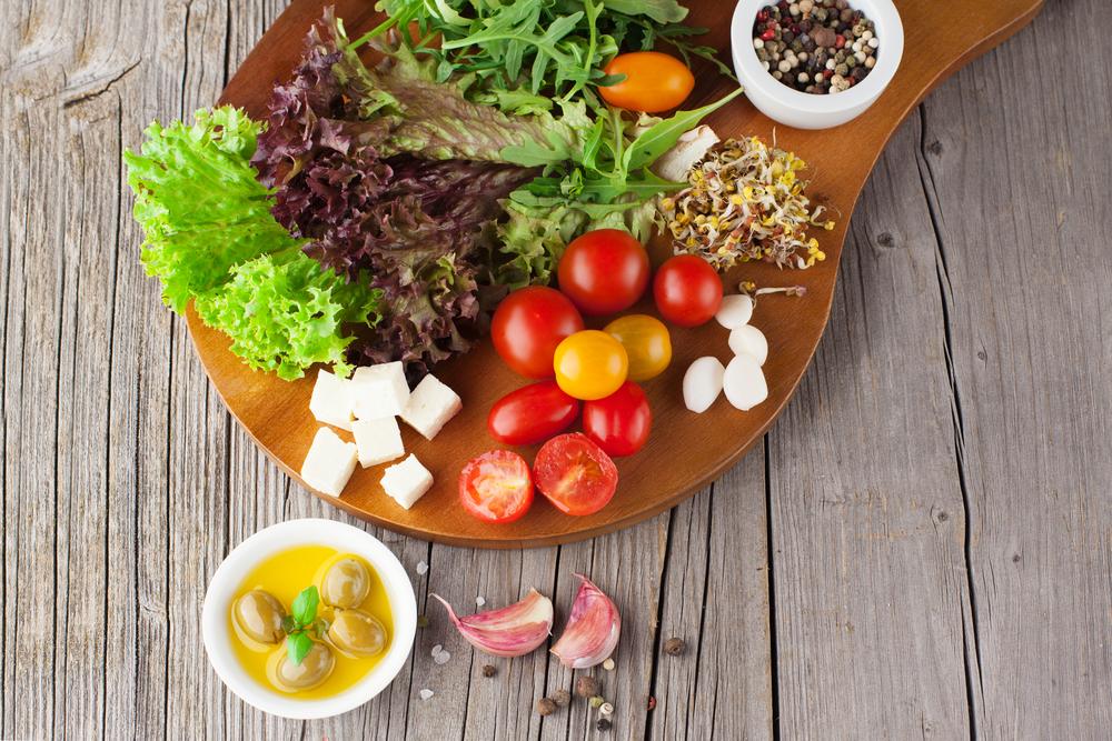 5 небанальных летних салатов: вам захочется их попробовать - фото №1