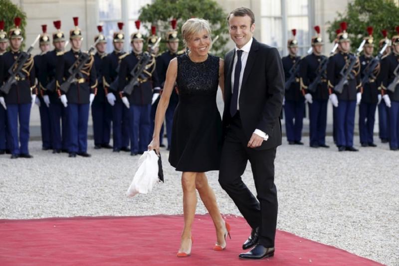 президент франции жена фото