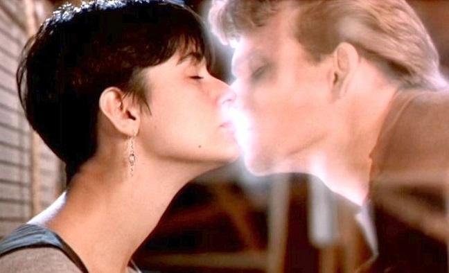 10 лучших поцелуев в кино - фото №6