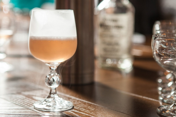 Беседа с барменом: как правильно пить алкоголь и что должно быть в домашнем баре - фото №8