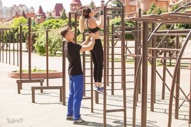Тренер говорит: комплексная тренировка с подтягиваниями для верхней части тела (качаем мышцы рук, плечей, спины) - фото №14