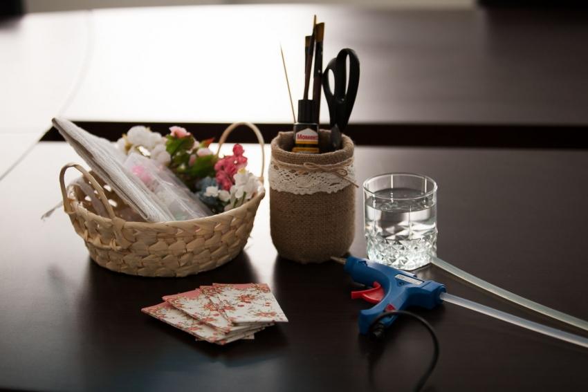 Лучший вариант оформления подарка в домашних условиях: урок по декупажу - фото №3