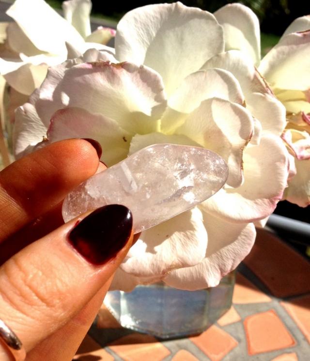 Кристальная чистота: как знаменитости исцеляются с помощью кристаллов - фото №2