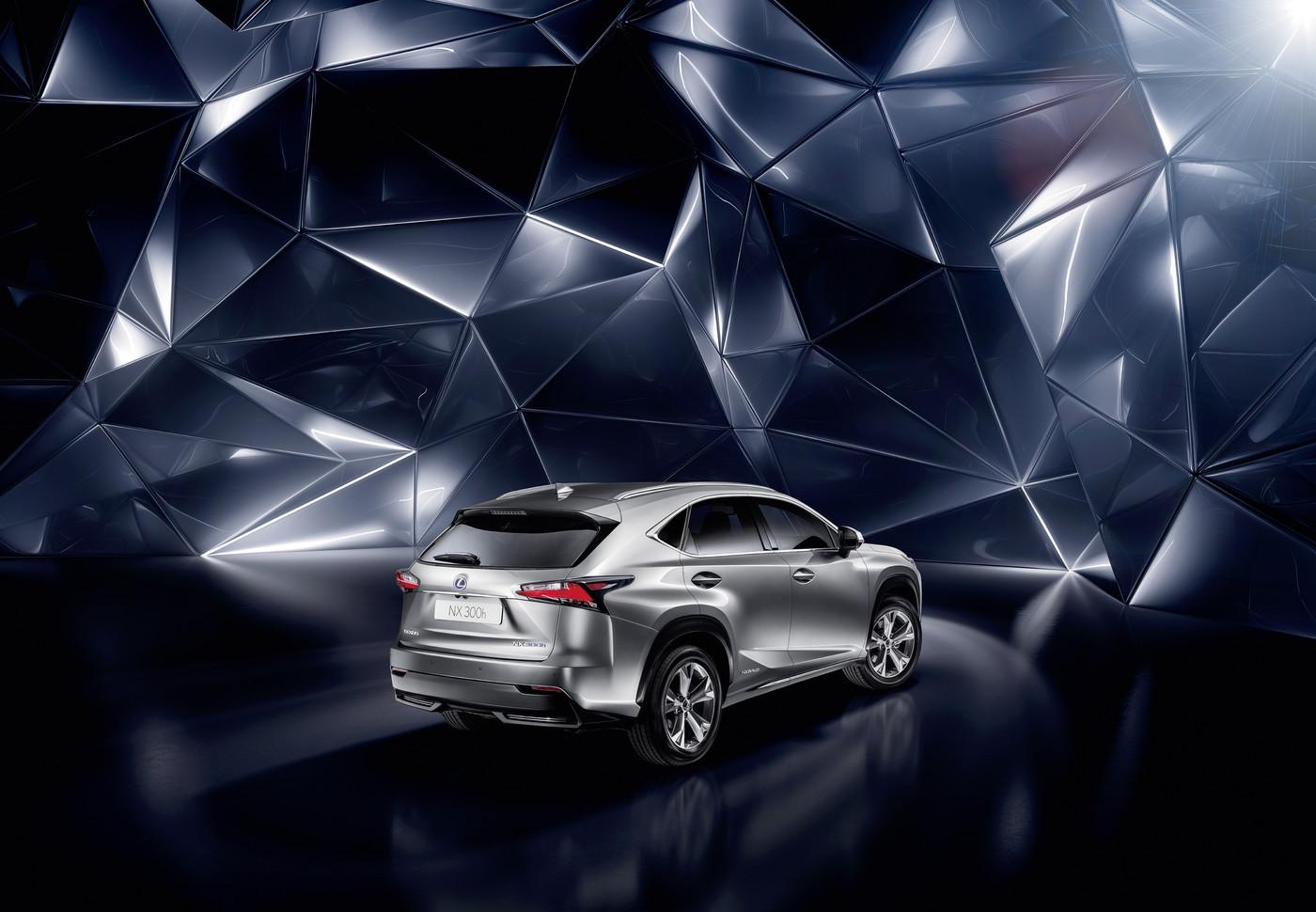 Новый Lexus NХ уже можно заказать в Украине - фото №3