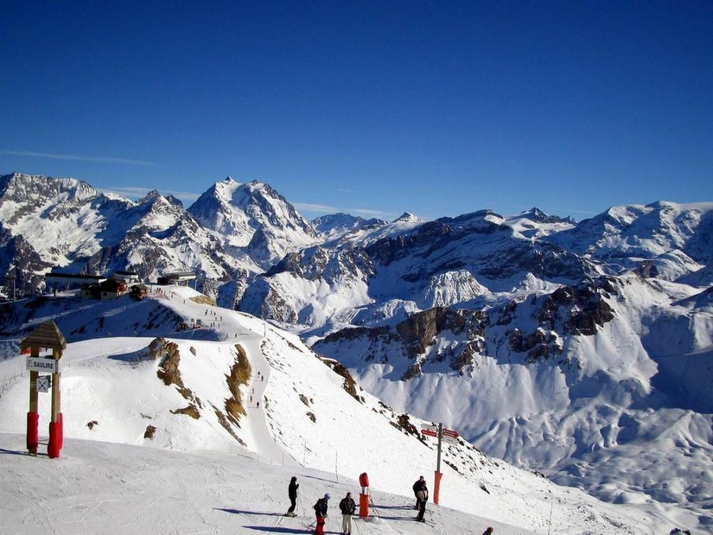 Где встречать Новый год: 5 недорогих горнолыжных курортов - фото №1