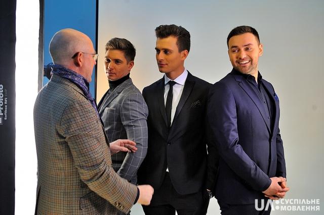 """Сценарист """"Евровидения-2017"""" восхитился красотой мужского трио ведущих - фото №2"""