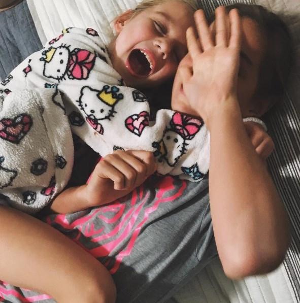 Анна Седокова покорила соцсети обещаниями своим дочкам (ФОТО) - фото №2
