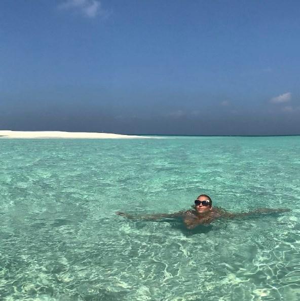 Анастасия Волочкова показала новый шпагат: на Мальдивах под водой (ФОТО) - фото №1