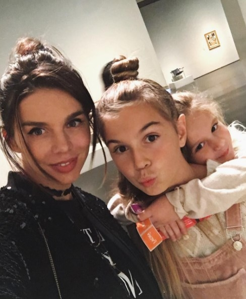 Анна Седокова покорила соцсети обещаниями своим дочкам (ФОТО) - фото №1