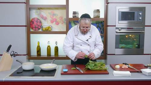 Запеченный лосось и салат с лососем в соусе понзу - фото №7