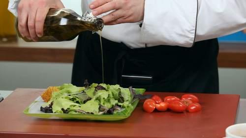 Запеченный лосось и салат с лососем в соусе понзу - фото №13